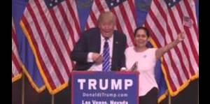 Mujer colombiana grita su amor por Trump
