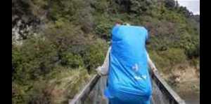 Turistas franceses sobreviven colapso de puente