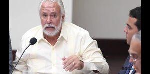 Gobernador presenta plan de acción contra el zika