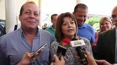 Esposa de Héctor O'Neill asegura que el alcalde está bien