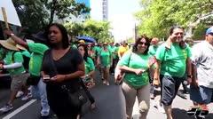 Manifestantes unionados protestan por perdida de derechos