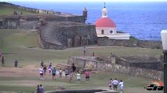 ¿Qué hacen los turistas cuando llegan a San Juan?