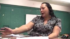 Afectados por falta de maestros en escuela bilingüe de Bayamón