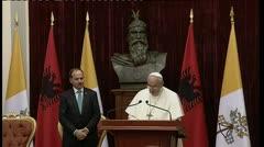 El papa dice que nadie puede escudarse en Dios para actos terroristas