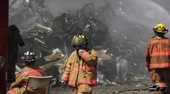 Controlan incendio en planta recicladora