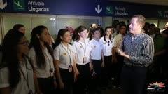 Reciben al Coro de Niños de San Juan