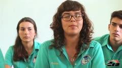 Estudiantes se preocupan por el deterioro del español