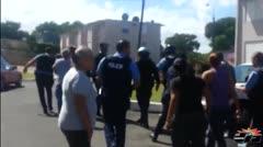 Motín durante arresto en residencial de Bayamón