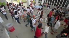 Estudiantes de la UPR protestan en el recinto de Río Piedras