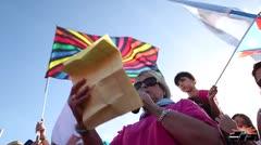 Cientos piden la excarcelación de Oscar López