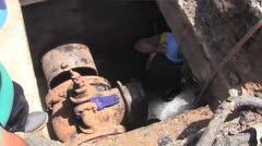 Reemplazan viejas válvulas de la AAA en la Milla de Oro